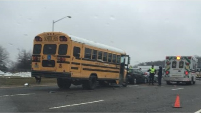 Va. beach school bus ax_108715