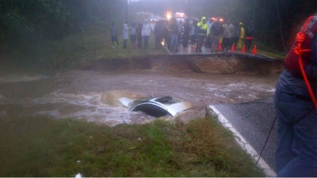 Two die in submerged vehicle in NC as Hurricane Matthew impacts state