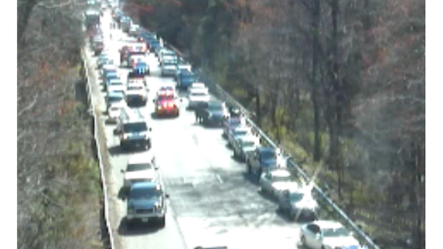 Accident in York Co  closes all lanes on I-64 west