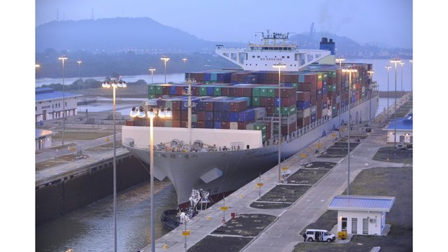 Port of Virginia hosts its largest container ship