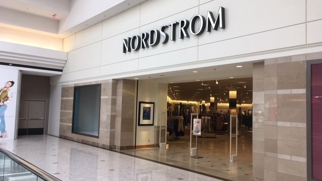 eab26f47811 Nordstrom closes for good at MacArthur Center