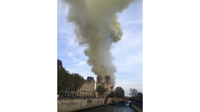 France Notre Dame Fire_1555352593371