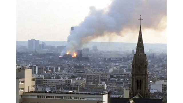 France Notre Dame Fire_1555352595613