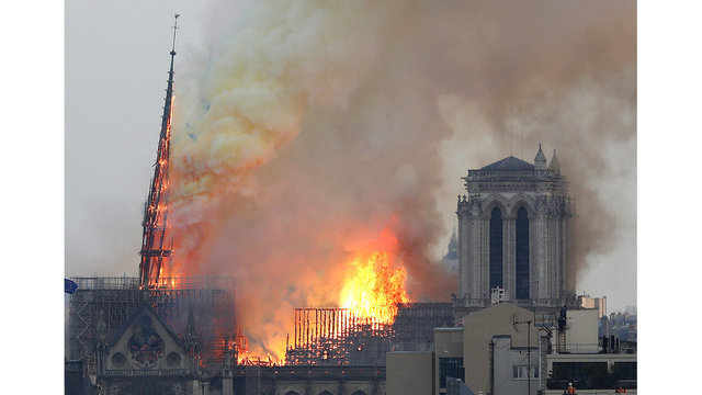 France Notre Dame Fire_1555352598122