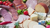 CDC warns of listeria infections linked to deli meats, cheeses
